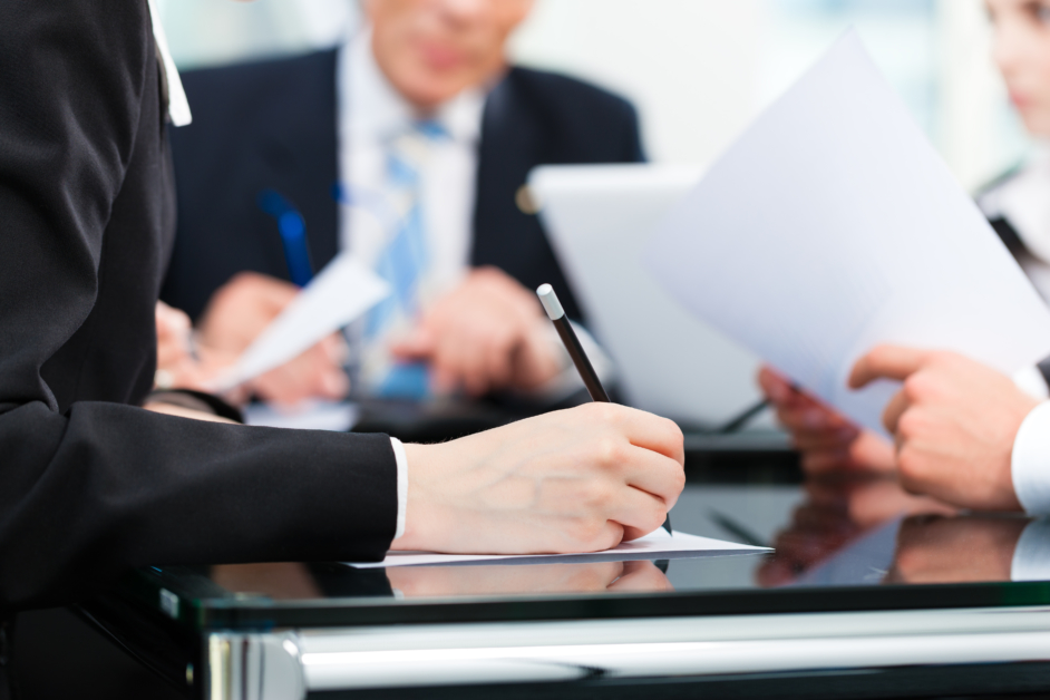 take notes during an interview