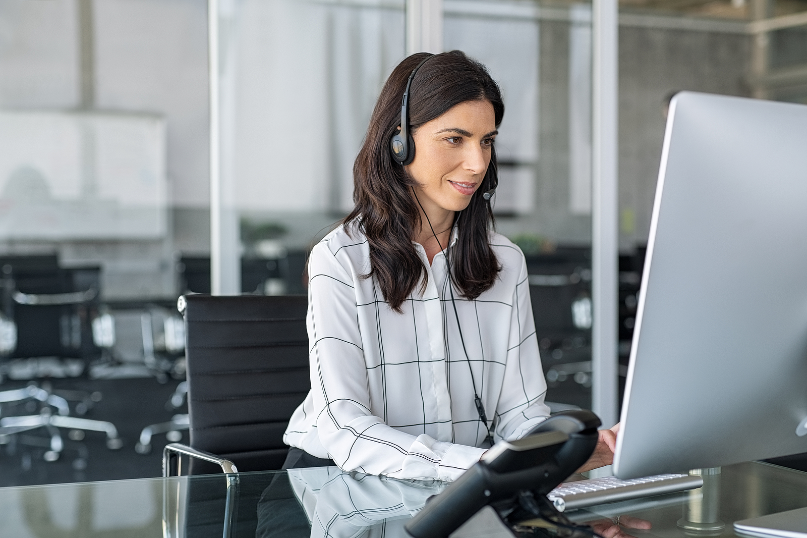 The Benefits of Outsourcing Your Helpdesk Support